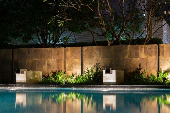 Installation d'un système domotique pour l'éclairage de jardin et piscine
